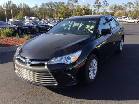 New Toyota Camry Hybrid LE