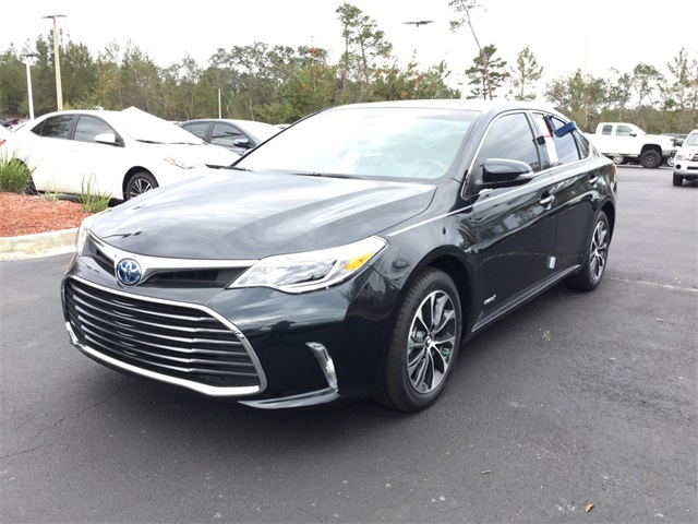 new 2017 toyota avalon hybrid xle premium 4d sedan in st augustine u057819 beaver toyota st. Black Bedroom Furniture Sets. Home Design Ideas